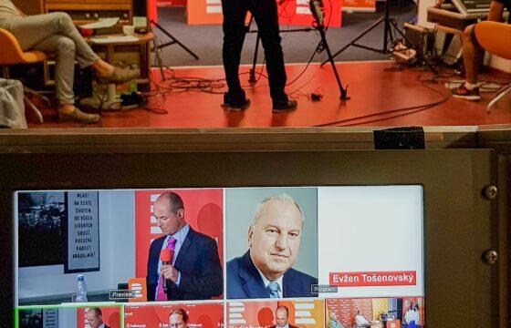 Realizace živého vysílání předvolební debaty s hejtmany. | AVIDIS