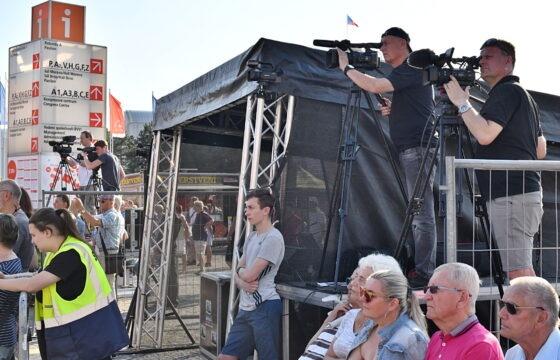 Natáčení koncertu Big Band Gustava Broma na BVV. | AVIDIS